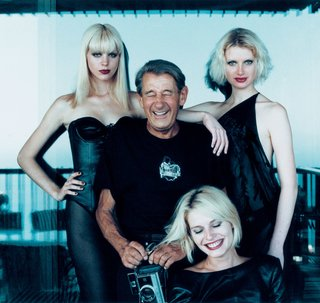 """Helmut with models, Monte Carlo"", 1977 © Alice Springs"