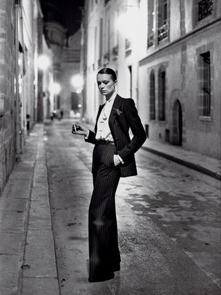Yves Saint Laurent, 1975 © Helmut Newton