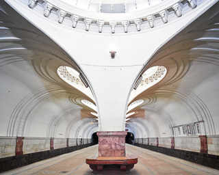 © David Burdeny, станция метро «Сокол», Москва