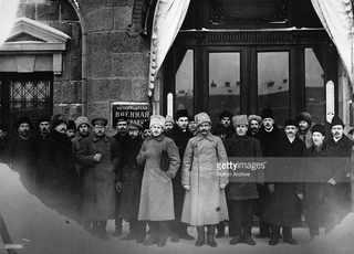 Члены Учредительного Собрания, большевики, эсеры