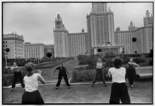 Henri Cartier-Bresson, 1954