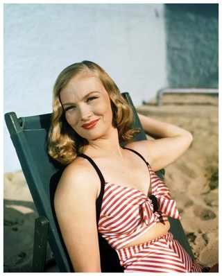 Вероника Лэйк, 1945